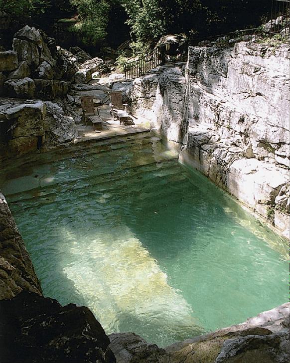 square_pool